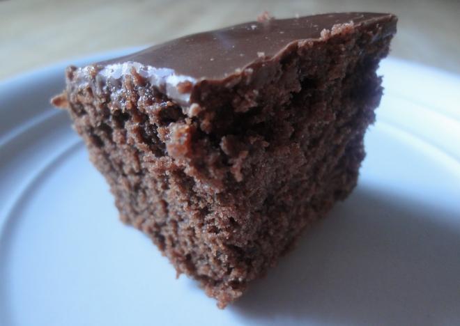 Iced chocolate traybake